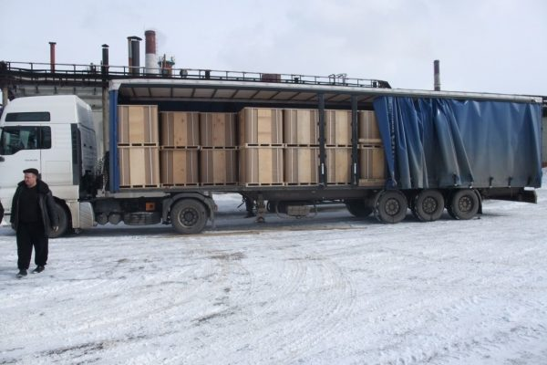 Перевозка тары автотранспортом к месту налива (НПЗ)