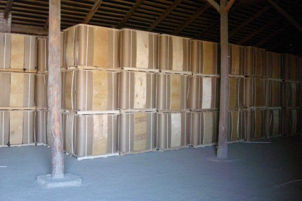 Хранение фасованного битума (не выше трех рядов)