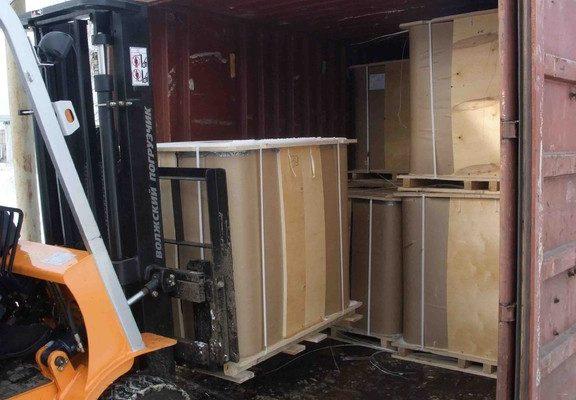 Погрузка 1-го ряда СК в 20 ft ж/д контейнер